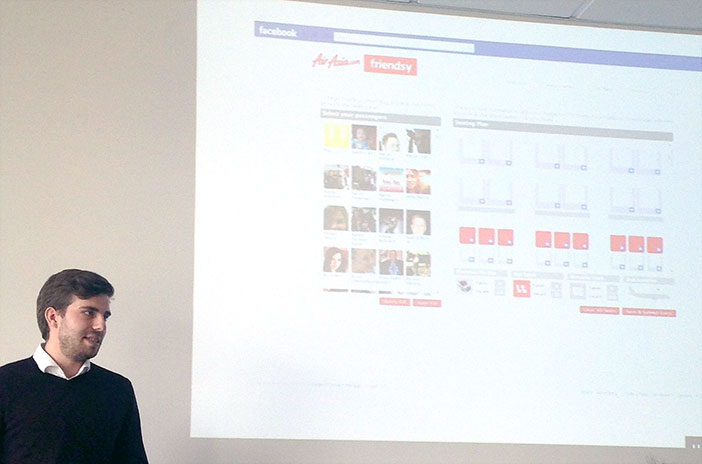 Lucas Hoffmann auf seinem Social Media Marketing Bootcamp