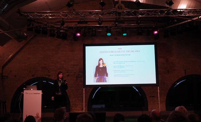 Gianna Brachetti-Truskawa auf dem Searchmetrics Summit 2017